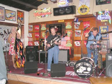 Reelin' and rockin' at Goody's in San Clemente.
